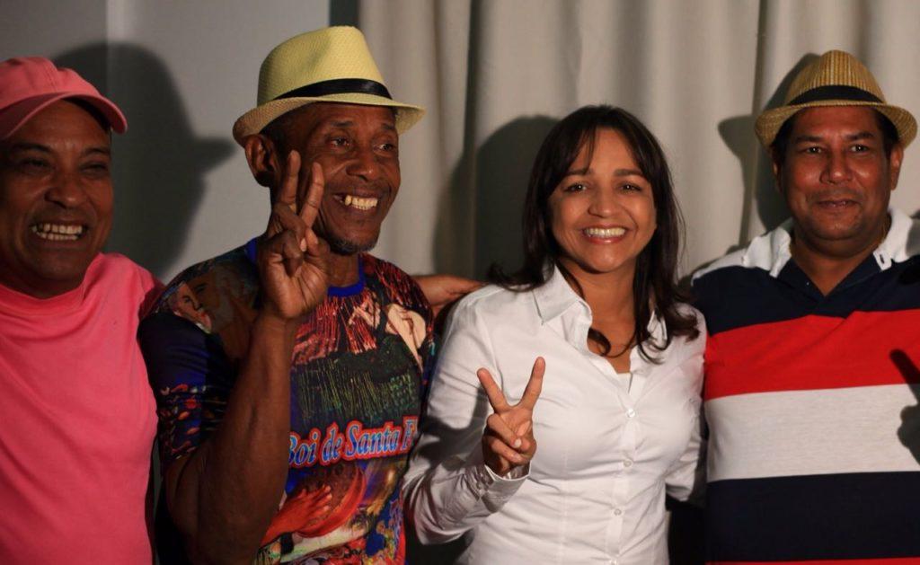 Eliziane recebeu toada do cantador Chagas