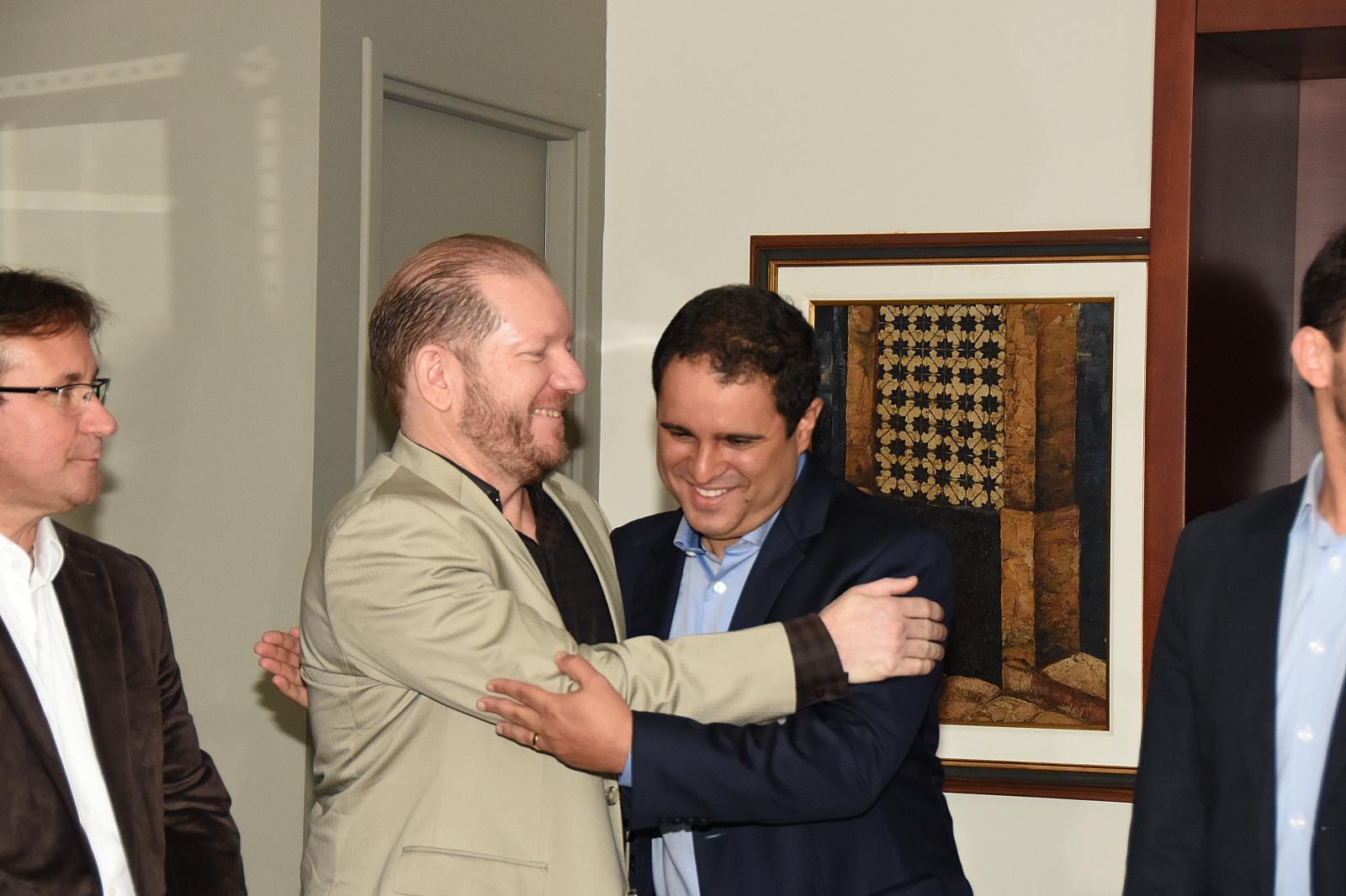 Deputado Othelino Neto recebeu a visita de Edivaldo holanda Jr