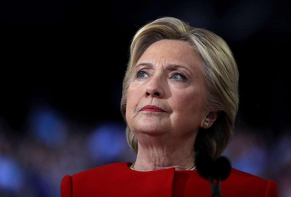 Diplomática, a candidata ligou para Trump, nesta quarta-feira e o parabenizou