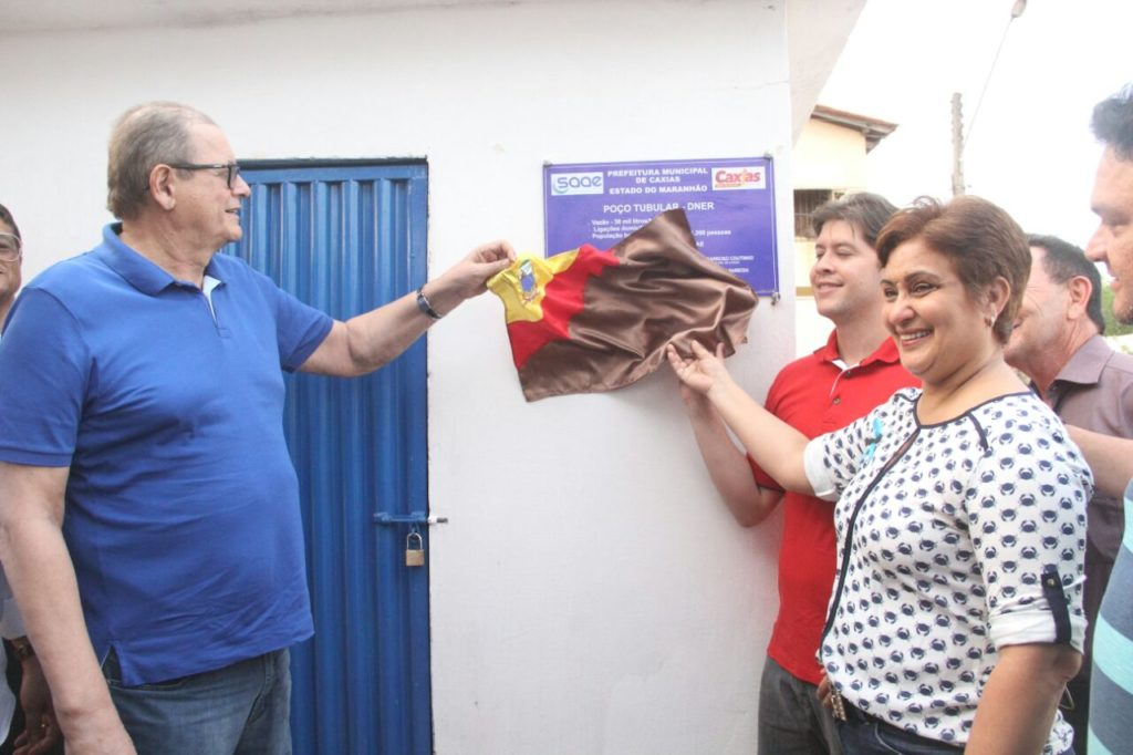 Governador em exercício inaugurou obras em Caxias
